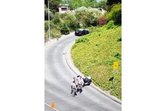 Alma Chevrolet Impala >> Car drives onto Alma off-ramp, hits cop car | News | Palo Alto Online