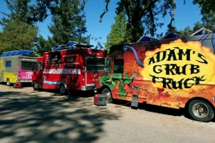 Food Truck Strike Team Feeds Fire Victims
