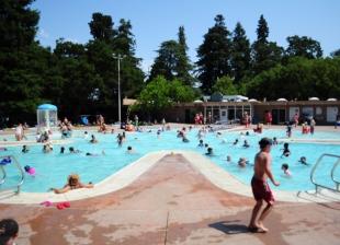 Palo Alto Approves New Contract For Rinconada Pool News Palo Alto Online