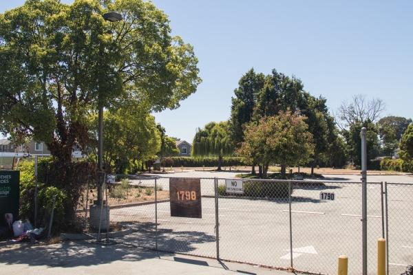 East Palo Alto Approves Rv Parking Pilot Program News Palo Alto