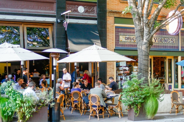 Downtown Redwood City Has A Thriving Restaurant Scene With Ample Outdoor Seating Photo By Veronica Weber