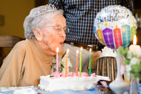 Virginia Jensen Blows Out The Candles On Her Birthday Cake As She Celebrates 100th Nov 16 2018 Photo By Veronica Weber