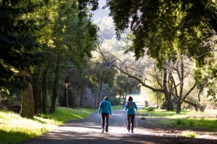 Palo Alto treads cautiously on expanding Foothills Park access