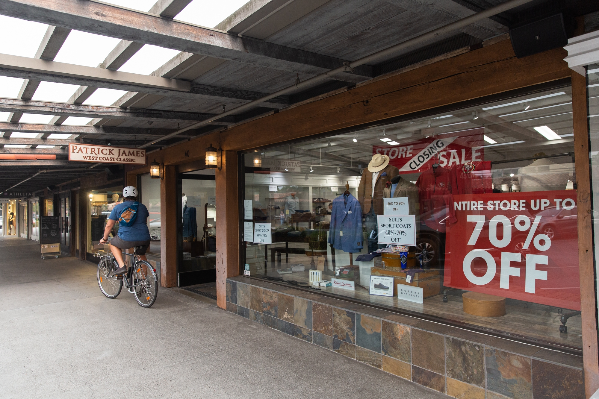 As stores struggle, Palo Alto prepares to let offices fill retail spaces